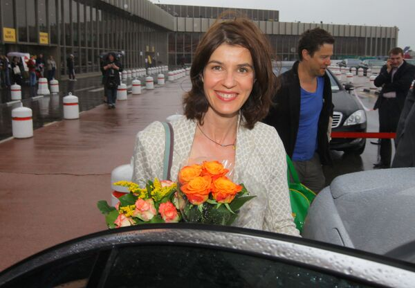 Знаменитая французская актриса Ирен Жакоб прилетела в Москву