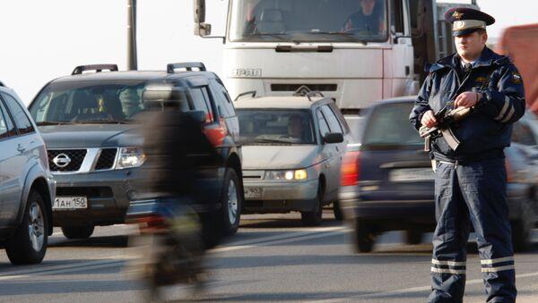 Правила дорожного движения должны стать федеральным законом - депутат