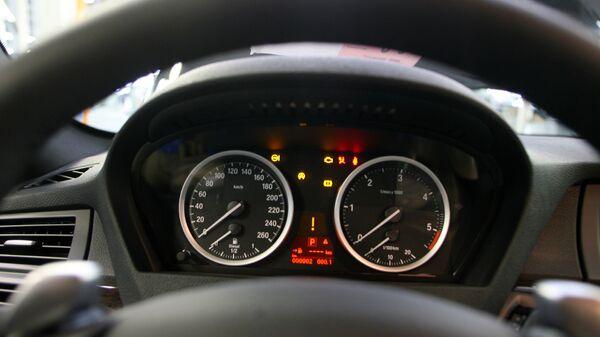 В салоне автомобиля BMW