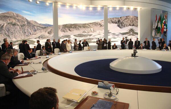 Дмитрий Медведев на саммите Большой восьмерки. Архив