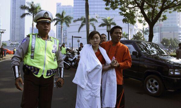 Взрывы в отелях Джакарты. Фото с места теракта