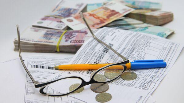 Правительство РФ обсудит сокращение платных околоведомственных услуг