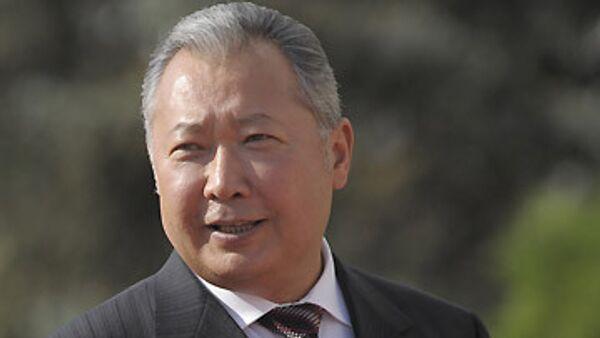 Действующий президент Бакиев лидирует на выборах главы Киргизии - ЦИК