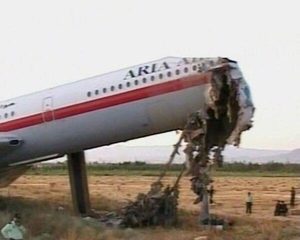 Иранский Ил-62 совершил экстренную посадку, погибли люди