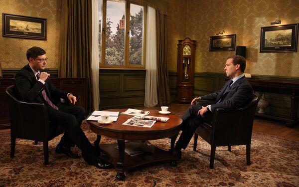 Президент РФ Д.Медведев провел беседу с ведущим итоговой программы НТВ