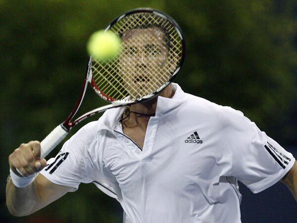 Российский теннисист Марат Сафин на турнире в Лос-Анджелесе