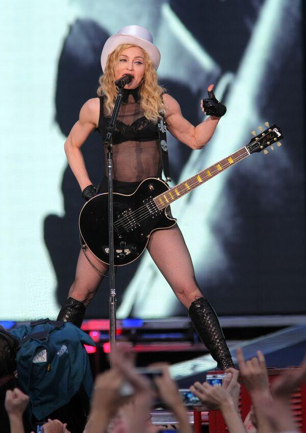Болгария с неоднозначными чувствами готовится к концерту Мадонны