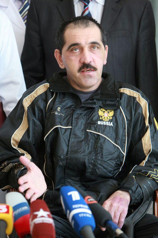 Президент Ингушетии Юнус-Бек Евкуров выписан из больницы