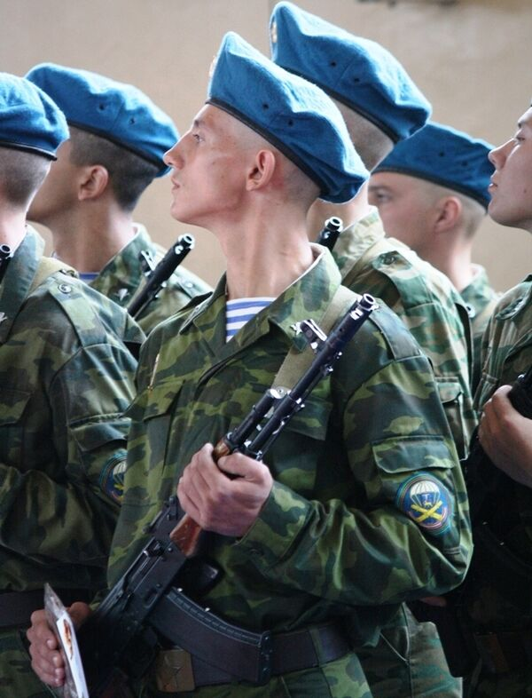 Военнослужащие воздушно-десантных войск. Архив