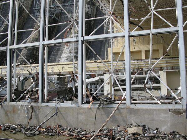 Число жертв аварии на Саяно-Шушенской ГЭС достигло 12 человек