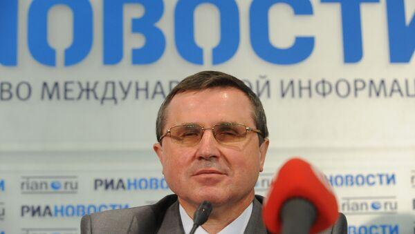 Единороссы возмущены нападением на Смолина и удивлены словами Зюганова