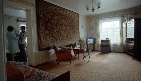 Комната в типичной российской квартире
