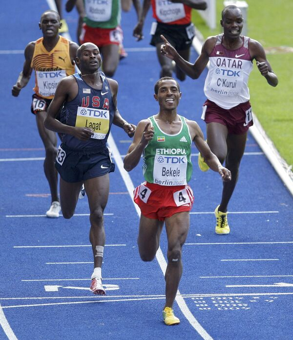 Эфиопский легкоатлет Кенениса Бекеле
