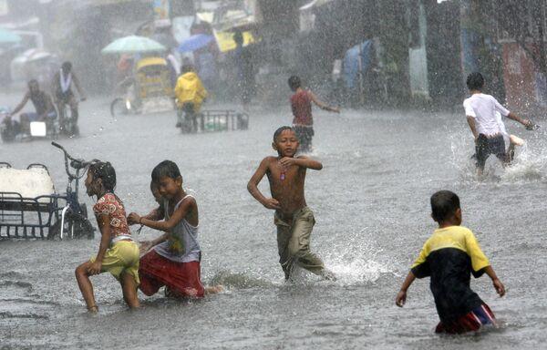 Сильные дожди в Филиппинах