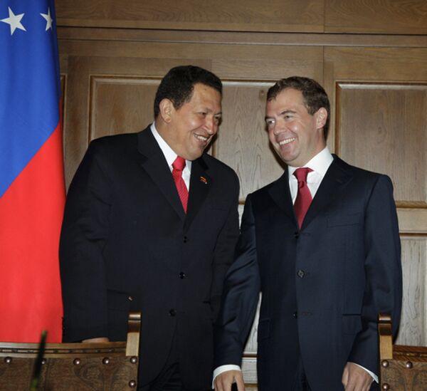 Россия согласилась выделить Венесуэле кредит в размере 2,2 миллиарда долларов на покупку военной техники