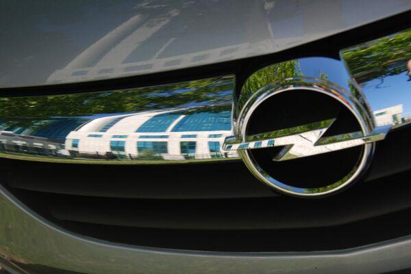 General Motors не хочет продавать Opel