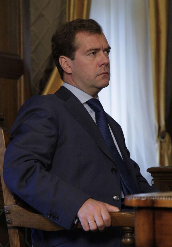 Новый договор по СНВ может быть готов в установленный срок - Медведев