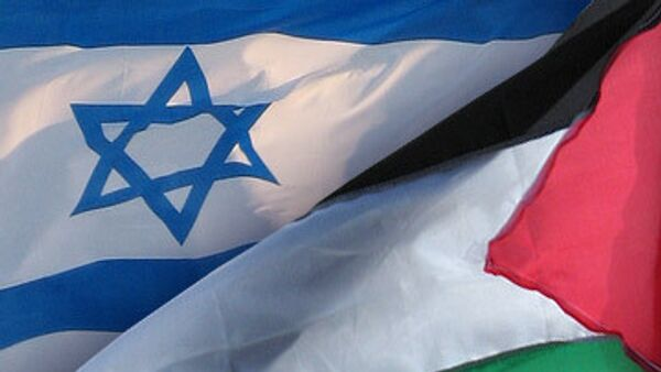 Израиль и палестинцы согласились возобновить переговоры
