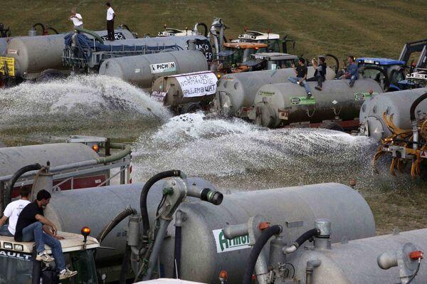 Протест производителей молока