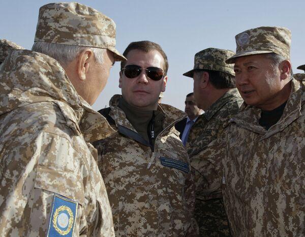 Президент Д.Медведев прибыл в Казахстан для наблюдения за учениями ОДКБ Взаимодействие- 2009 в Казахстане