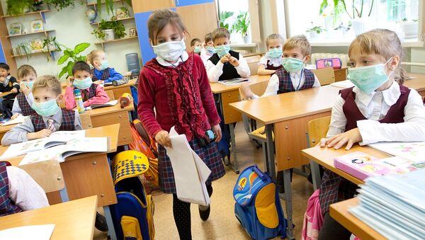 Эксперты призывают не расхолаживать детей на каникулах