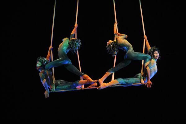 Cirque du Soleil планирует посетить в 2010 году разные города России