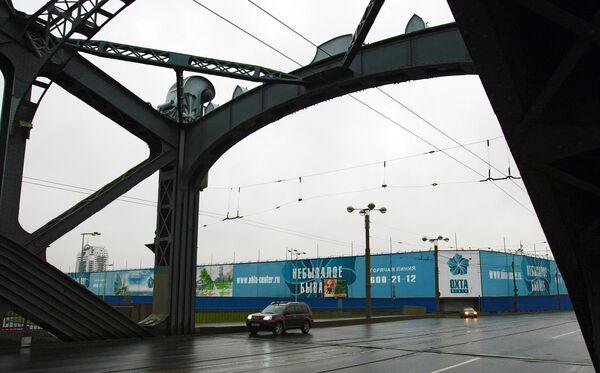 Строительство делового центра Охта-центр в Санкт-Петербурге