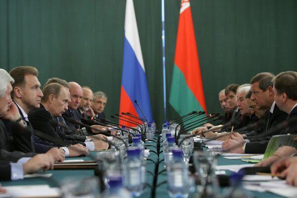 Энергетики РФ и Белоруссии во вторник проведут переговоры о транзите