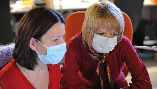 Меры предосторожности для защиты от вируса свиного гриппа. Архивное фото