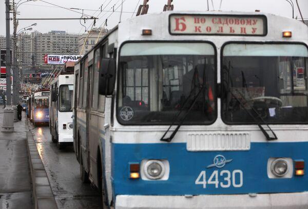 В Москве повысят стоимость проезда на общественном транспорте на 4 руб
