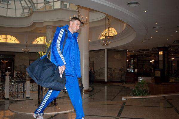 Футболист сборной России Алексей Березуцкий