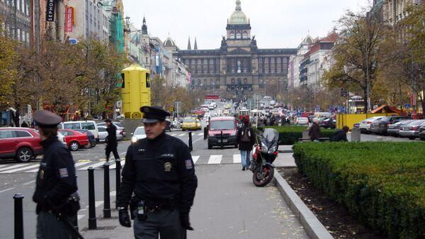 Полицейские на Вацлавской площади в Праге