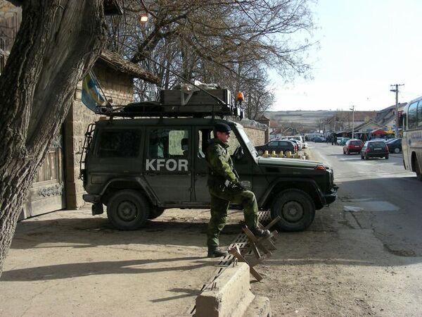 Косово: солдаты международного контингента КФОР, введенные в Косово после  конфликта 1998-1999 гг. Архив