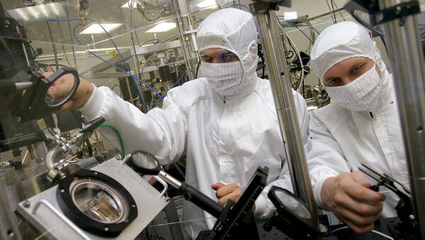 Российские ученые о российской науке: спасти может только чудо