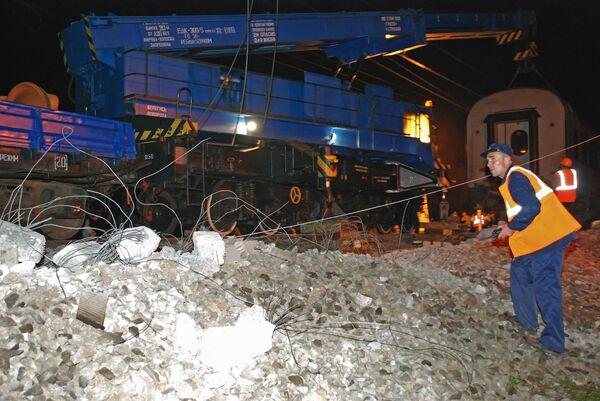 Поезд №166 Невский экспресс после аварии