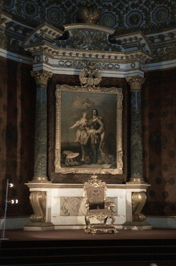 Порядок престолонаследия был изменен императором Петром I