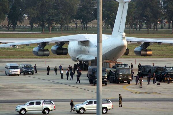 Самолет с 35 тоннами оружия на борту задержан в Таиланде