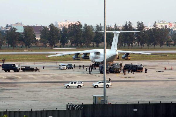 Самолет с оружием на борту задержан в Таиланде