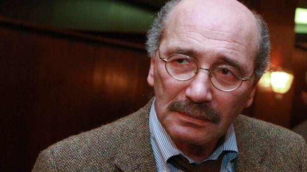 Советский и российский писатель и журналист Александр Кабаков