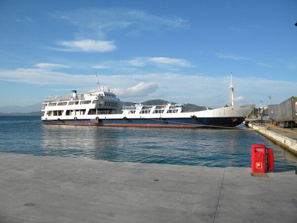 Грузовое судно Митридат, задержанное в Греции по подозрению в контрабанде