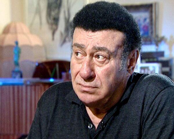 Фамилия, футбол и Утесов помогли Соткилаве стать певцом