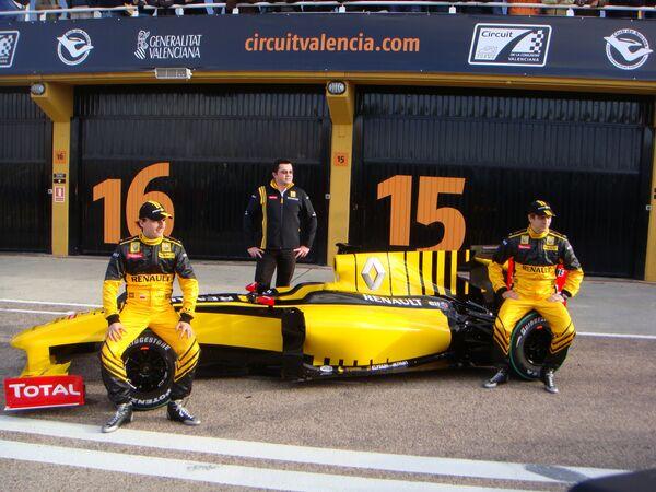 Renault F1 Team провела официальную презентацию команды и нового болида