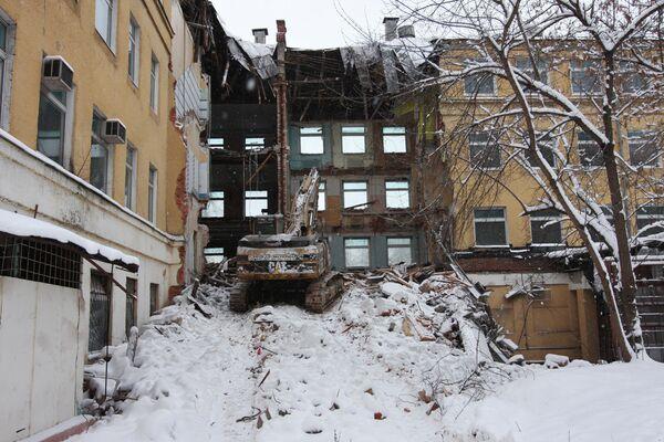 Незаконный снос здания в историческом центре Москвы