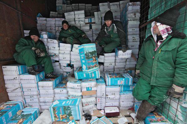 Уничтожение товара, изъятого на Черкизовском рынке