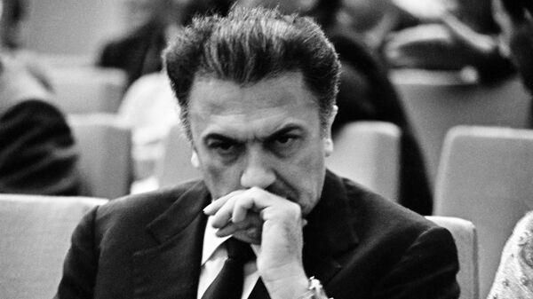 Выдающийся итальянский кинорежиссёр Федерико Феллини