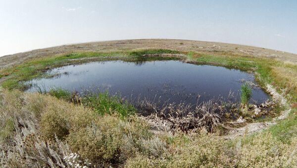 Озеро на месте первого наземного ядерного взрыва. Архивное фото