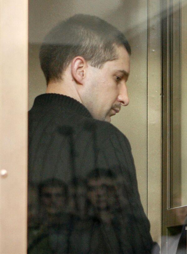 Бывший начальник ОВД Царицыно майор милиции Денис Евсюков в зале суда