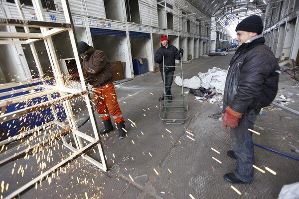 Ликвидация торговых рядов на бывшем Черкизовском рынке