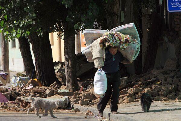 Жертва землетрясения в Чили
