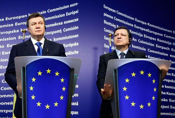 Виктор Янукович и Жозе Мануэл Баррозу